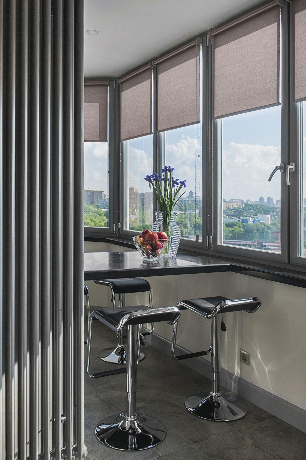 Дизайн двухкомнатной квартиры в серых тонах.